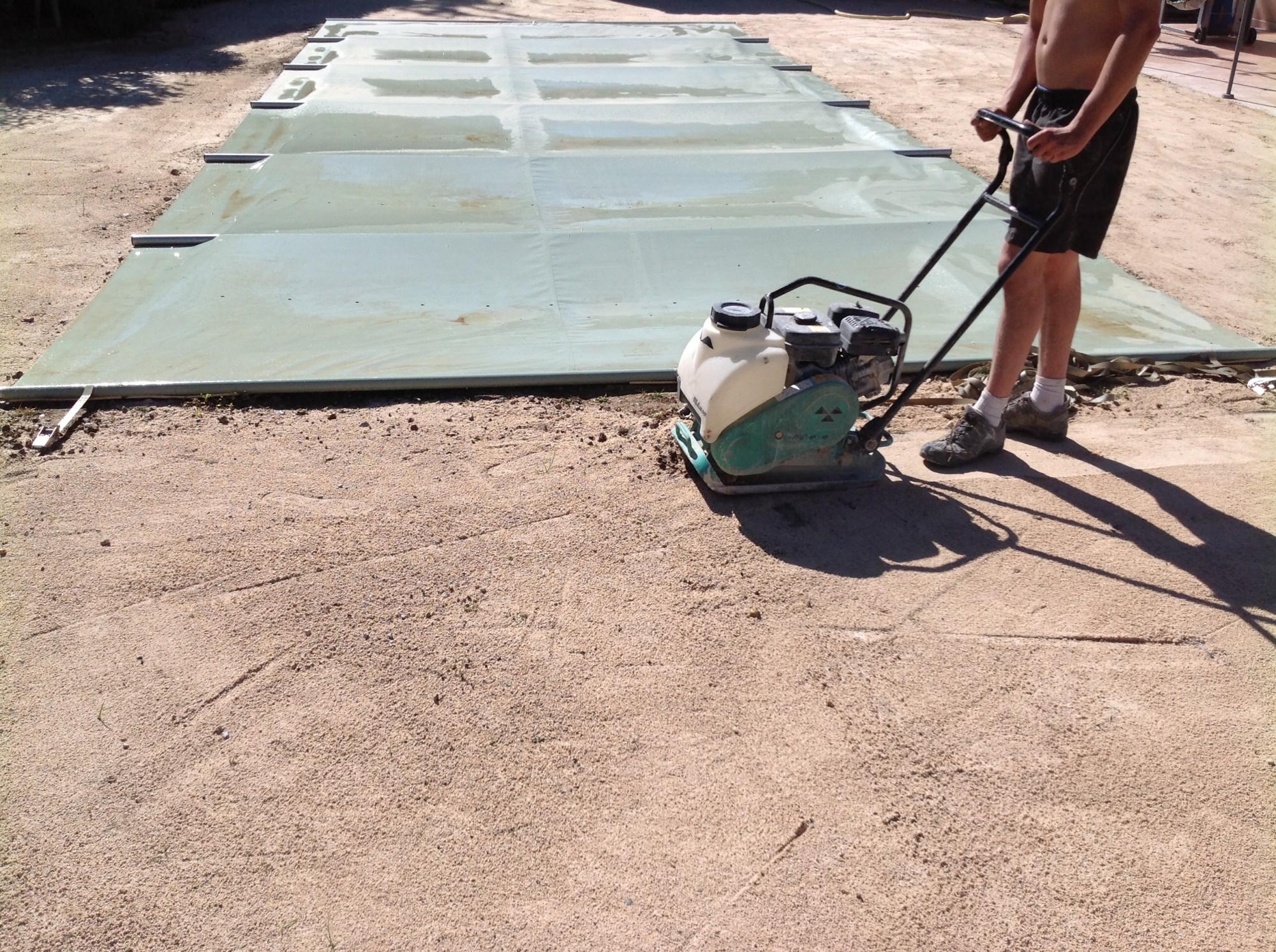 Compactage de la surface à Bouc Bel Air